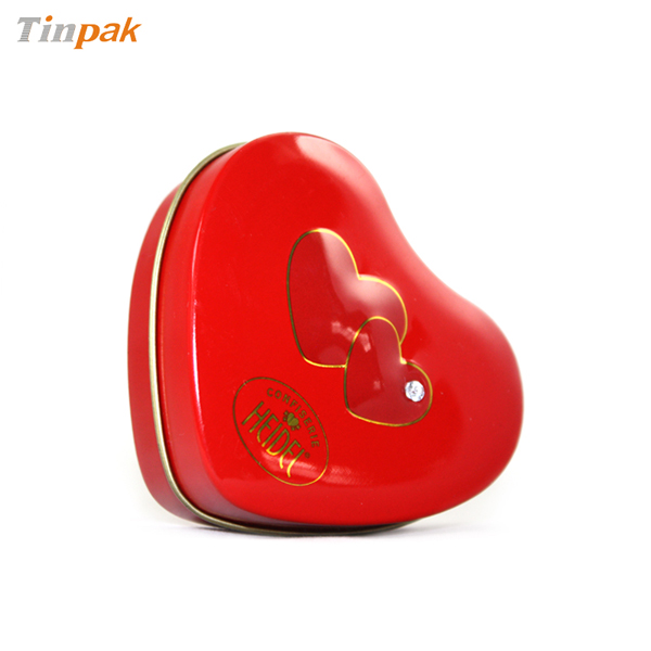 heart chocolate tin