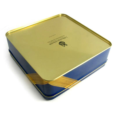 Golden finish for the chocolate tin box bottom