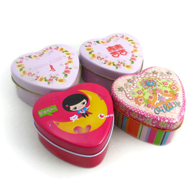 cute heart shape tin box for candies