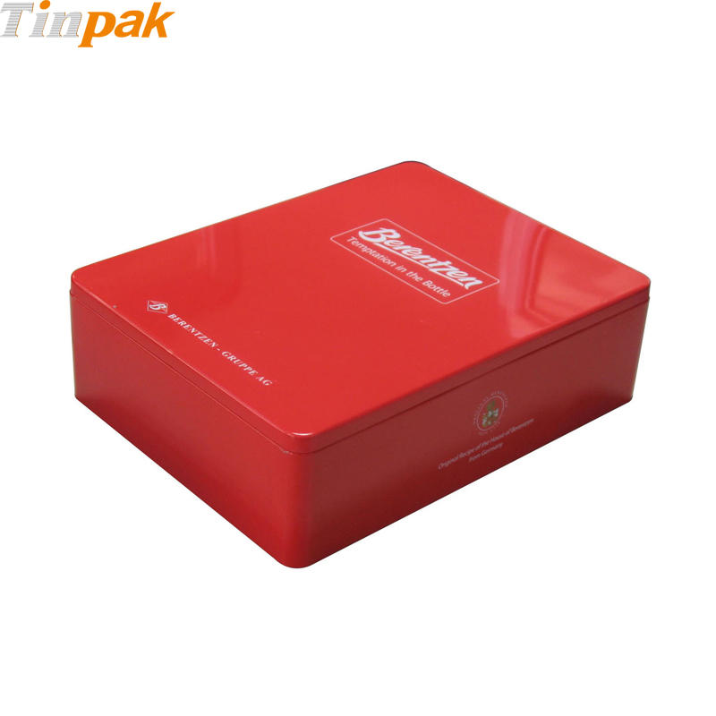 custom printed rectangular tin with plug lid